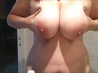 6 friends wet tits