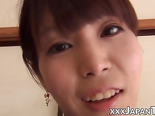 Japanese amateur ladies showing pussies in closeup