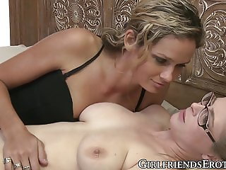 Young dike with glasses cums while a hottie licks her pussy